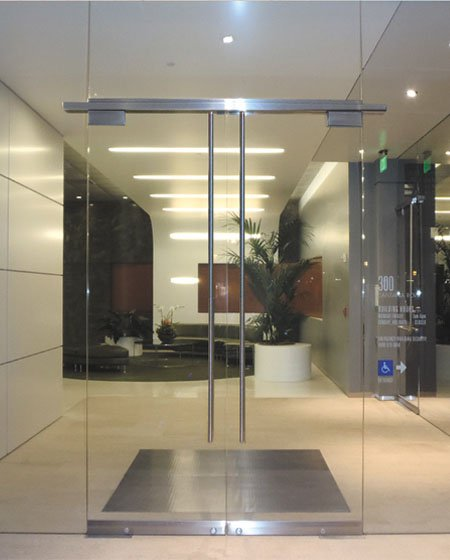 frameless-comercial-entry-door