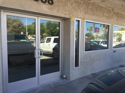 store front commercial windows and doors in glendale